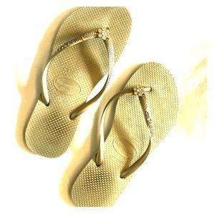 Havaianas Slim Gold Size 6 Flip Flops Rhinestones